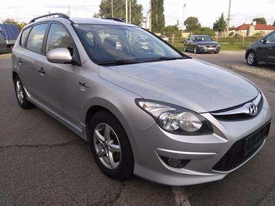used Hyundai i30 CW Kombi / Family Van,