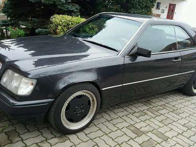 usata Mercedes E300 E-Klasse CE 24V Sportwagen / Coupé,