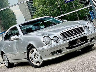 gebraucht Mercedes CLK200 CLK-KlasseKompressor Elegance**NEUWAGENZUSTAND** Sportwagen / Coupé