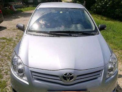 gebraucht Toyota Auris 1,33 dVVT- i S&S Klein-/ Kompaktwagen