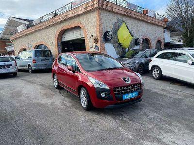 gebraucht Peugeot 3008 1,6 HDi 110 FAP Active Kombi / Family Van