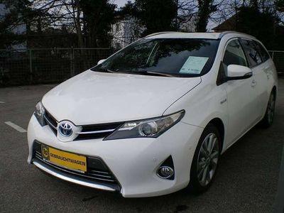 gebraucht Toyota Auris TS 1,8 VVT-i Hybrid Lounge Kombi / Family Van,
