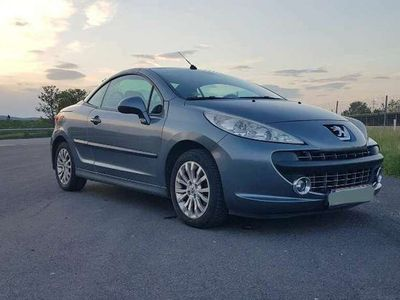 gebraucht Peugeot 207 CC Active 1,6 16V