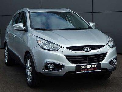 gebraucht Hyundai ix35 2,0 CRDi 4WD Style Automatik