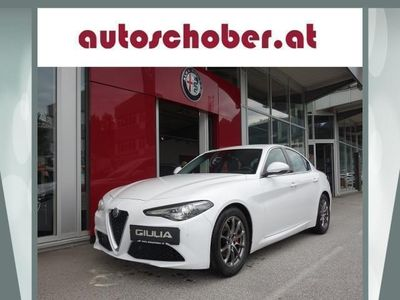 used Alfa Romeo Giulia Super 2,2 180 MT RWD