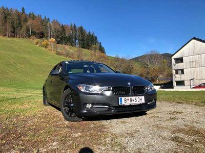 gebraucht BMW 318 3er-Reihe Diesel (F30) Österreich-Paket