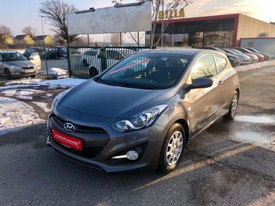 gebraucht Hyundai i30 1,4 CVVT Europe Plus | 1.BESITZ | NUR 55.000 KM | Klein-/ Kompaktwagen,