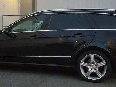gebraucht Mercedes E200 E-KlasseCDI Avantgarde, Kombi / Family Van,