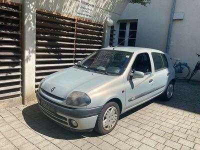 gebraucht Renault Clio Initiale 16v motor klima leder keine papiere