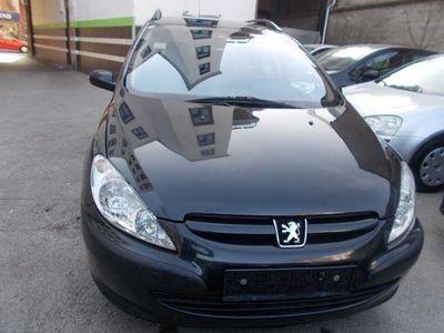 gebraucht Peugeot 307 1,6 HDi 110 Pickerl NEU Kombi / Family Van