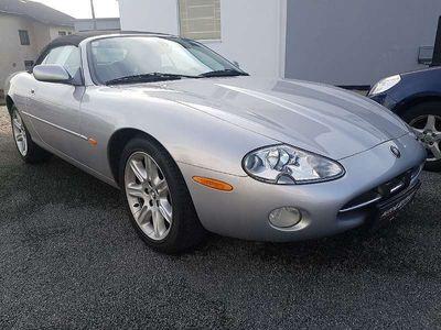 gebraucht Jaguar XK8 Cabrio **Erstbesitz** Cabrio / Roadster