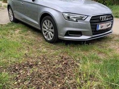 gebraucht Audi A3 S-Tronic Design 1,6 TDI