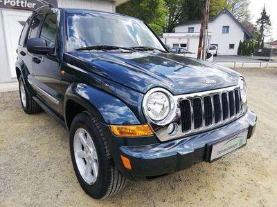 gebraucht Jeep Cherokee 2,8 Limited CRD Aut. !ROSTFREI! SUV / Geländewagen