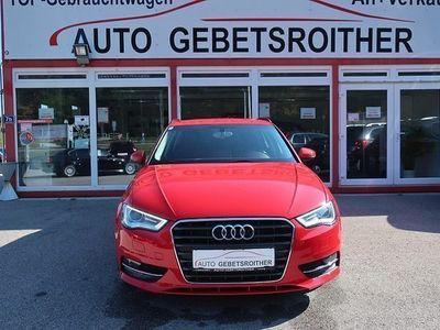gebraucht Audi A3 Sportback Daylight 1,6 TDI Sportsitze, Stoff-Leder,... Limousine,
