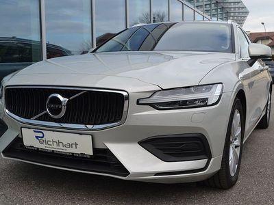 gebraucht Volvo V60 D4 Momentum Geartronic
