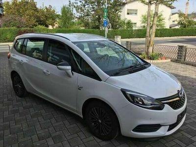 gebraucht Opel Zafira 1,6 Turbo 120 Jahre Edition Start/Stop Navi Sportsitze Alu Klimaautomatik Kombi / Family Van