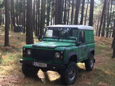 "used Land Rover Defender 90"" Station Wagon E 2,5 Td5"