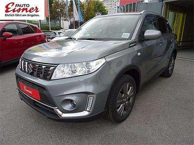 gebraucht Suzuki Vitara 1,0 DICT shine Aut. SUV / Geländewagen,