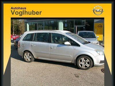gebraucht Opel Zafira First Edition 1,9 CDTI Kombi / Family Van