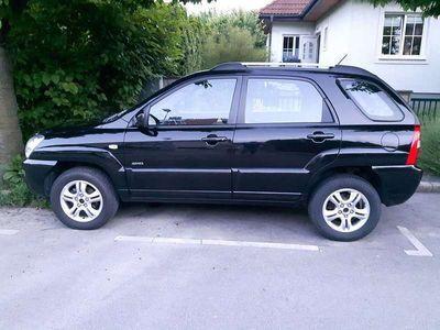 gebraucht Kia Sportage 4 WD/CRDi/EX/Aktive mit Skibox, 4 xRadträger, SUV / Geländewagen,