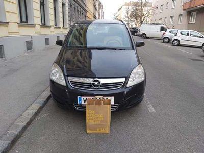gebraucht Opel Zafira 1,9 CDTI Style DPF Aut.
