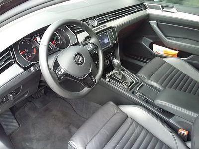 gebraucht VW Passat Variant SCR Highline TDI 4Motion DSG **LENKRADHEIZUNG**