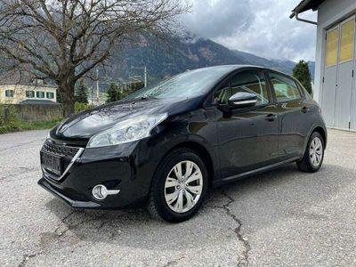 gebraucht Peugeot 208 Active 1,4 VTi 95