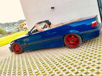 used BMW 320 Cabriolet 3er-Reihe i / Roadster,
