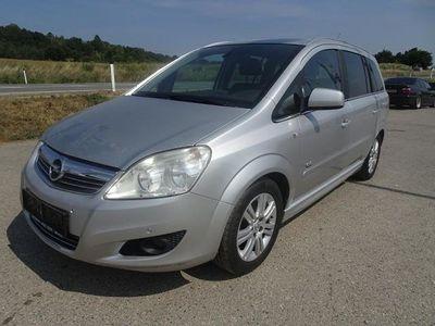 gebraucht Opel Zafira 1,7 CDTI DPF Kombi / Family Van,