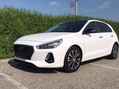 gebraucht Hyundai i30 1,4 T-GDI Launch Style Plus Start/Stopp DCT