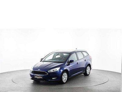 gebraucht Ford Focus Traveller 1,5 TDCi Trend Kombi / Family Van,