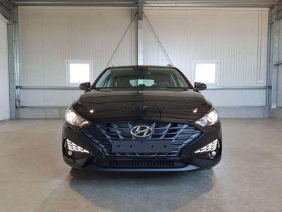 gebraucht Hyundai i30 Kombi Classic 1.5 110 PS-Notbremsasssiten...