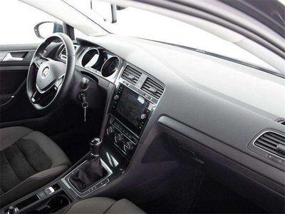 gebraucht VW Golf VII Variant CL 1.6 TDI NAVI RADAR SHZ SPORTSITZE V