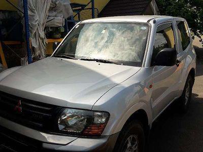gebraucht Mitsubishi Pajero MT 3,2 DI-D SUV / Geländewagen,