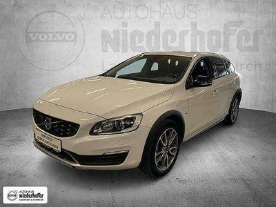 gebraucht Volvo V60 CC D3 Kinetic Geartronic