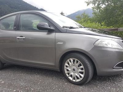 used Lancia Ypsilon Gold 0,9 8V Twin Air *Top Ausstattung*