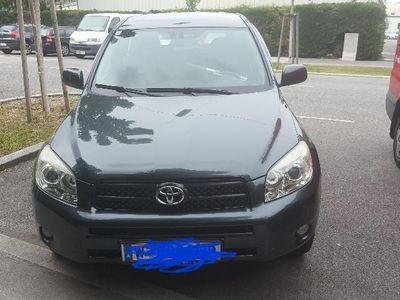 used Toyota RAV4 2,2 D-4D 135 DPF 4WD Ellegance Aut.