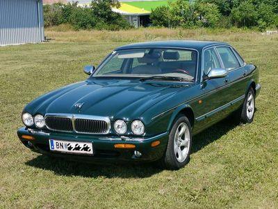 gebraucht Jaguar XJ8 4,0 Executive *TOP Zustand*neues Pickerl* Limousine