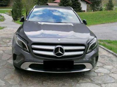 gebraucht Mercedes GLA220 d 4MATIC Aut. Urban Style