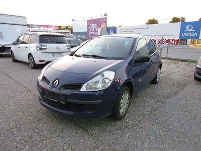 gebraucht Renault Clio Expression 1,2 16V Klein-/ Kompaktwagen