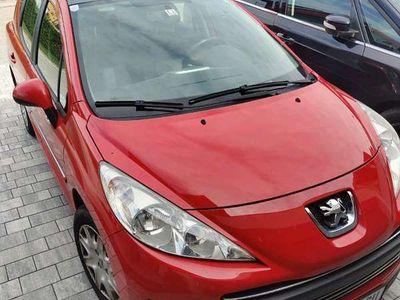 gebraucht Peugeot 207 1,4 VTI Kombi / Family Van