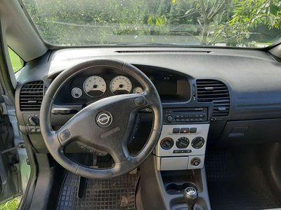 gebraucht Opel Zafira A Kombi / Family Van,