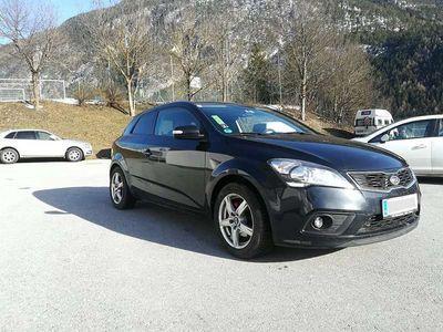 gebraucht Kia pro_cee'd cee'd1.6 CRDi 16V Navi Klimatronic Full Option Sportwagen / Coupé