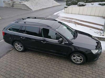 gebraucht Skoda Superb Combi Ambition 1,6 TDI Green + Panorama Dach