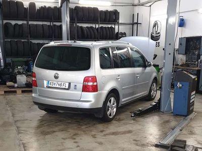 gebraucht VW Touran Trendline 2,0 TDI DSG
