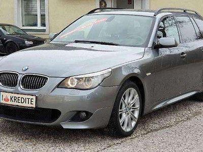 gebraucht BMW 530 5er-Reihe i Touring M-Paket Aut. *Head up display*SOFORT-KREDIT* Kombi / Family Van,