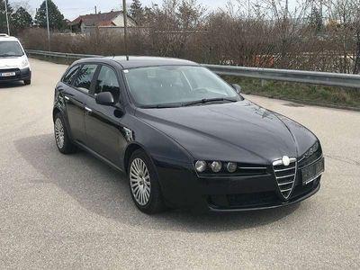 gebraucht Alfa Romeo 159 159 AlfaSW 1,9 JTDM Sportwagen, EXPORT !!! Kombi / Family Van