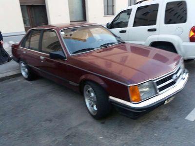 gebraucht Opel Commodore C-2,5E Limousine