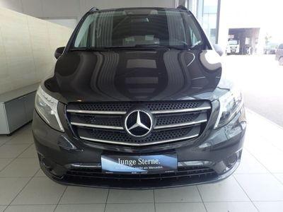 gebraucht Mercedes Vito 116 CDI Tourer Select 4x4 lang Drivers P./Fah