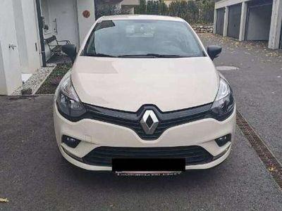 gebraucht Renault Clio Life 1,2 16V 75 Limousine